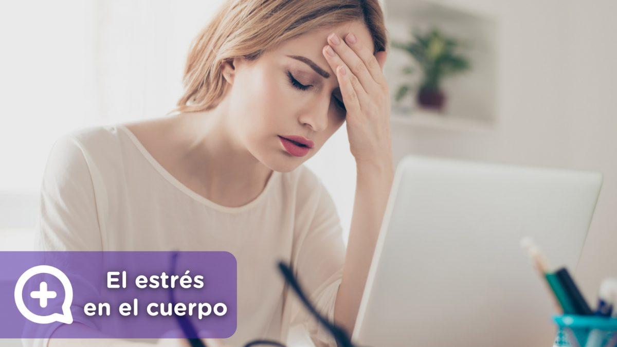 Mujer pasando por una situación de estrés, ansiedad y con enfermedades crónicas