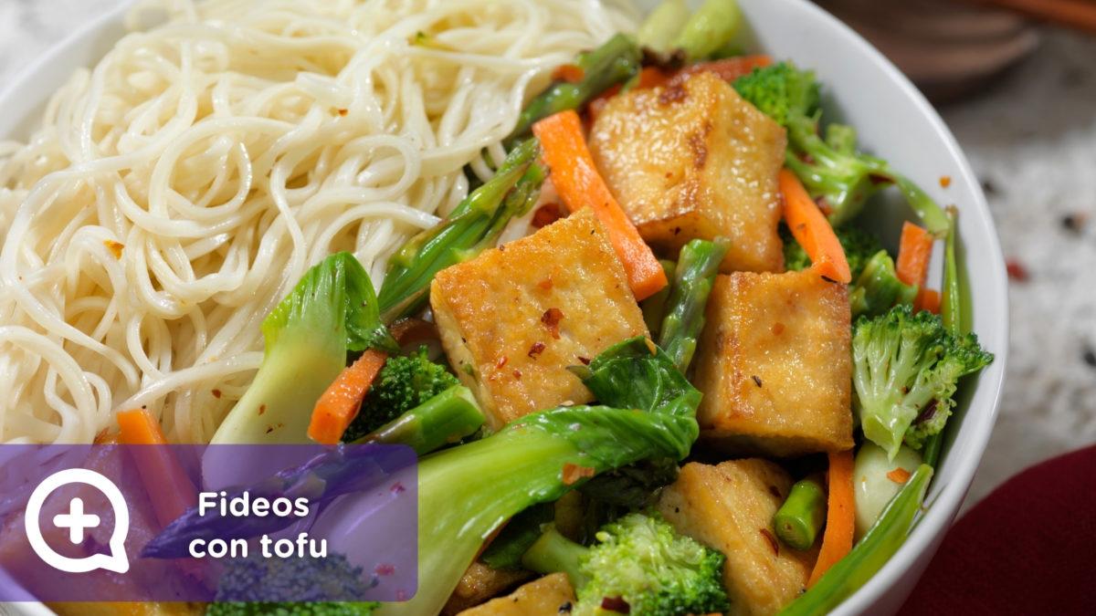 Fideos con tofu y salsa de cacahuetes mediQuo